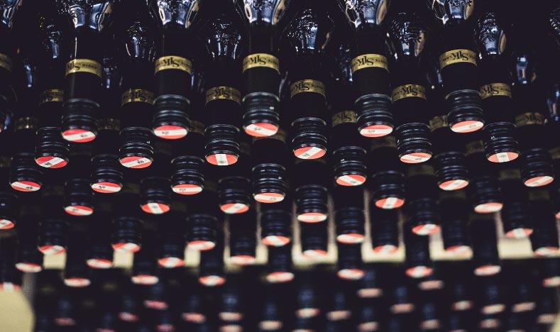 weingut-gross-raritaeten-flaschen